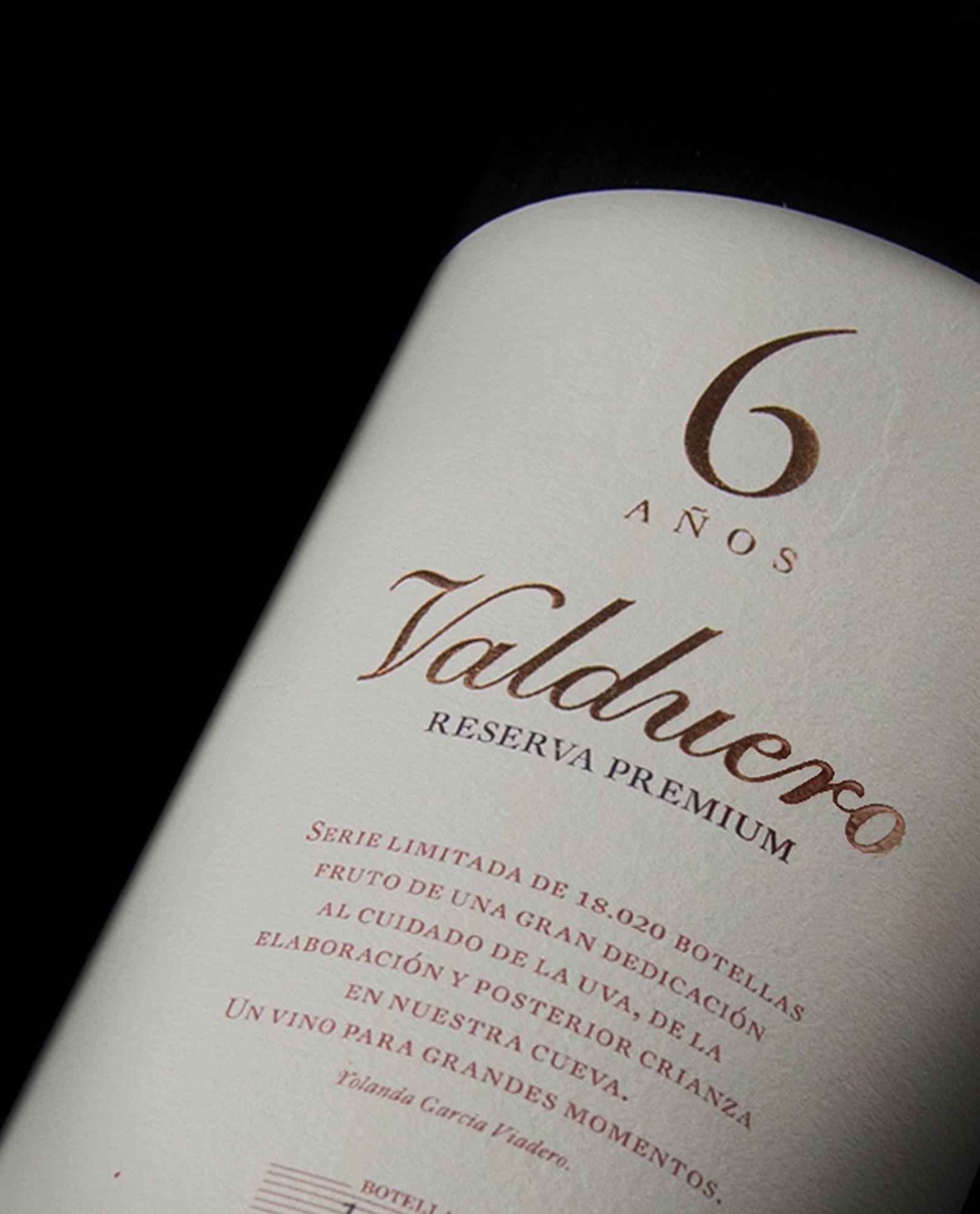 Detalle de botella de Valduero 6 años
