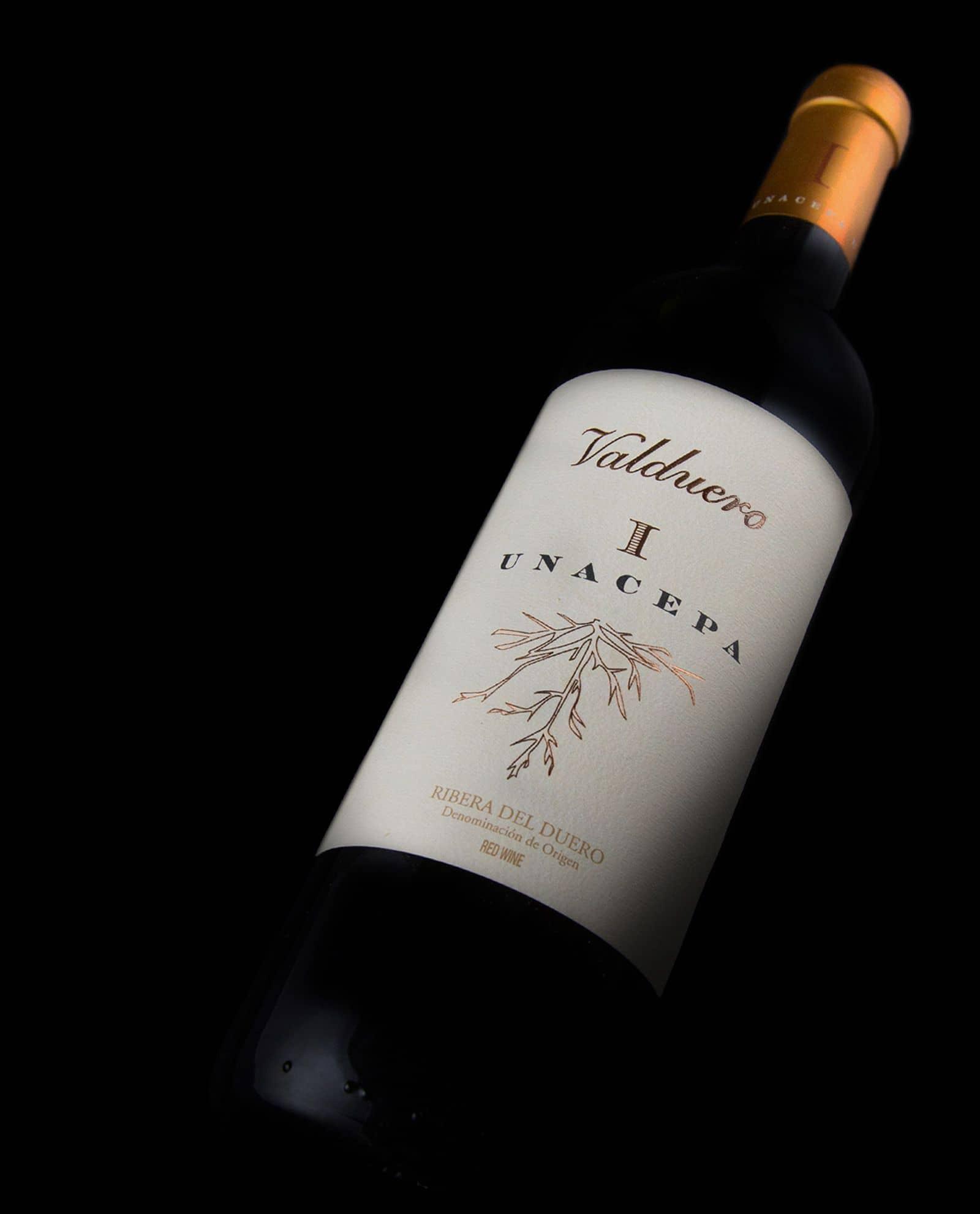 Botella Valduero una cepa, vino tinto de la Ribera del Duero