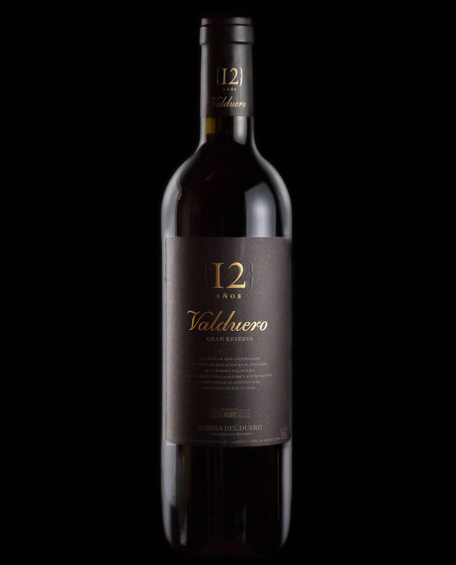 Botella de vino Valduero 12 años, vino de lujo de la Ribera del Duero